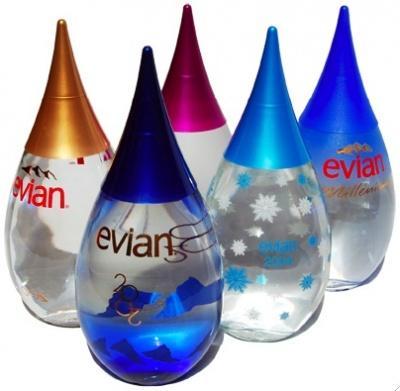 5817105-R3L8T8D-400-evian-christmas-edition