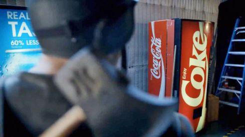 1682364-inline-inline-1-pepsi-mocks-cokes-super-bowl