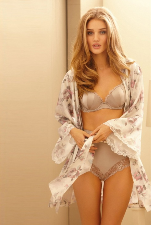Rosie-for-Autograph-Lingerie-Collection-3